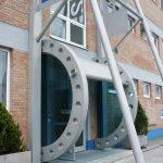 Ihr Eingang aus Glas von der Glaserei Reiterer GmbH in Ternitz
